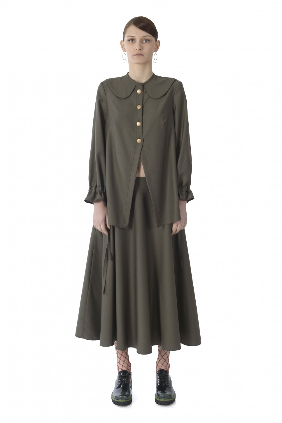 She buttoned up her shirt - Fay olive shirt